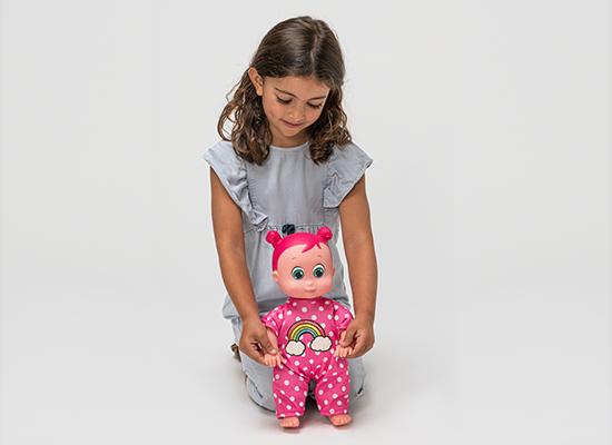 boneca aprende a andar